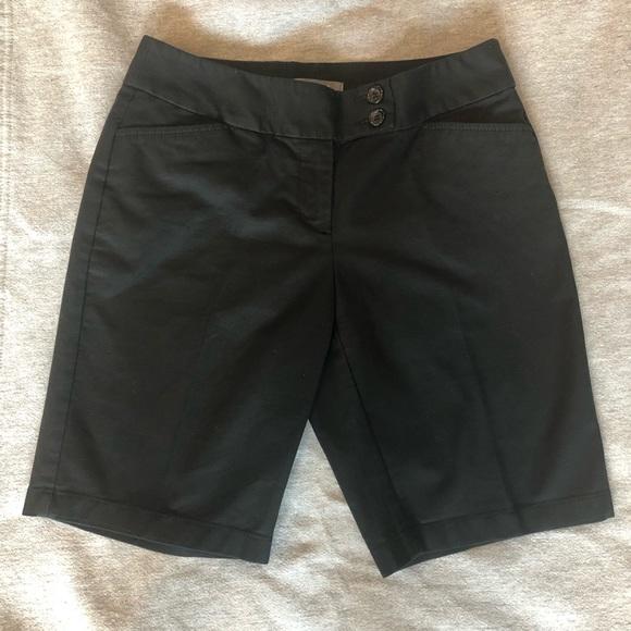 Ann Taylor Pants - Ann Taylor Curvy Fit Shorts